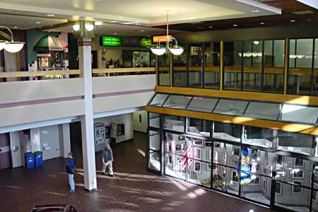 First Properties Duluth - Holiday Center Inside View